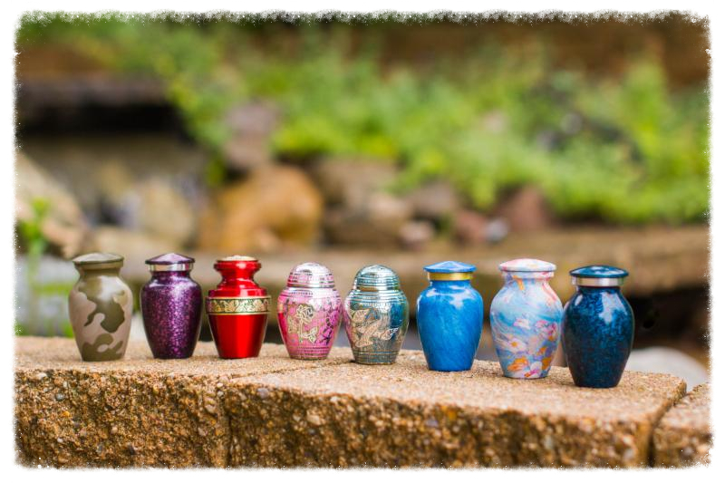 4 Trends to Watch in Cremation Urns